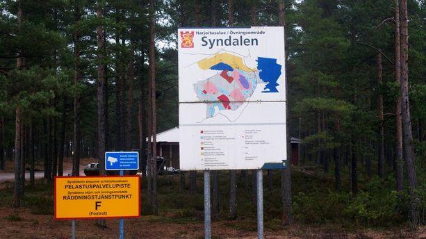 Upseerioppilas sai surmansa pimeäammuntaharjoituksissa Hangon Syndalenissa joulukuussa 2015.