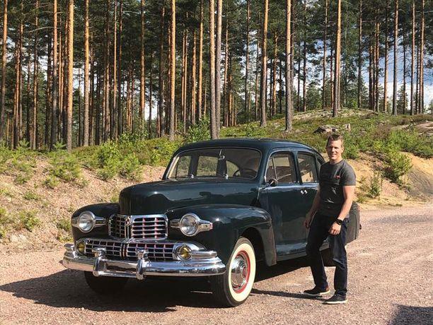 Antti Selivaara osti isänsä entisöimän auton takaisin Milanosta ja haki sen kotiin Mäntyharjulta heinäkuussa 2019. Autolla ei voinut vielä ajaa, joten se tuotiin kuljetusauton kyydissä.