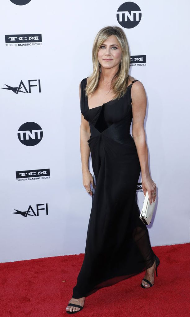 """Näyttelijä Jennifer Aniston on kyllästynyt olemaan """"Jen, joka ei osaa pitää miehistä kiinni""""."""