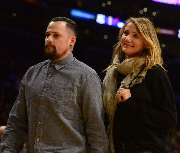 Diaz ja Madden tapasivat Nicole Richien avulla vuonna 2014. Nicole Richie on naimisissa Benjin veljen Joelin kanssa. Richie on myös Diazin ystävä.