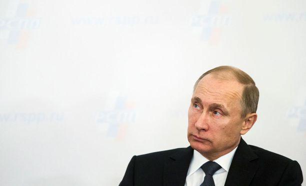 Yhdysvaltalainen strateginen tutkimuslaitos Stratfor sanoo, että Venäjän tällä hetkellä käynnissä olevat harjoitukset ja joukkojensiirrot on valittu tarkoitushakuisesti.