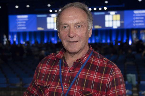 Europarlamentaarikko Teuvo Hakkarainen.