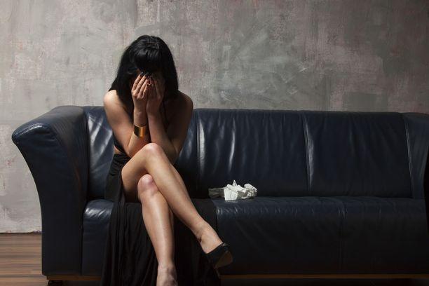 Seksuaalirikosten uhriksi voivat joutua poliisin mukaan yhtä lailla miehet ja naiset, pojat ja tytöt kuin muunsukupuolisetkin.