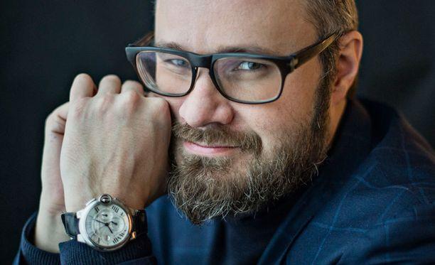 Iltalehden kolumnisti Tuomas Enbuske.
