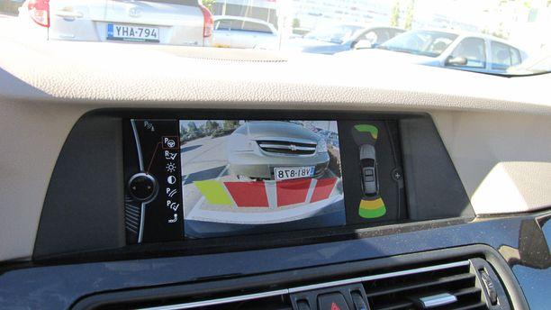 Pysäköintitutkilla ja kameroilla voi välttää turhia parkkipaikkakolhuja.
