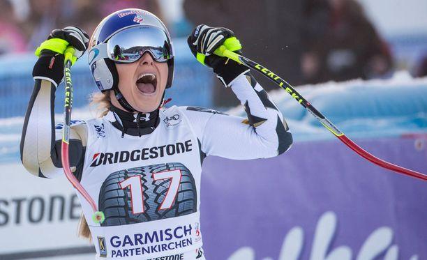 Lindsey Vonn palasi nopeasti korkeimmalle palkintokorokkeelle.