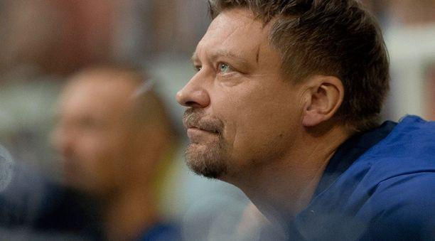 Jukka Jalosen SKA:n kausi päättyi konferenssin välierissä.