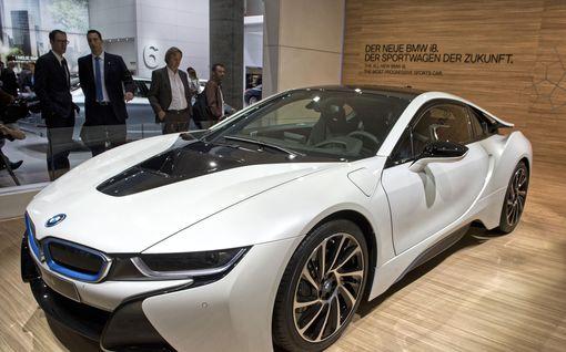Se on sitten siinä: Upean BMW i8:n valmistus loppuu!