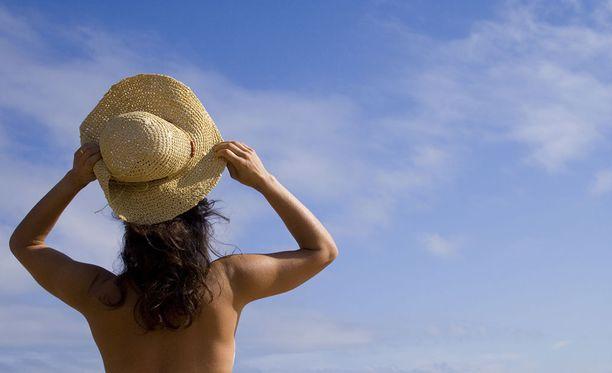 Majoituspalvelun kautta varatuissa kohteissa voi viettää aikaa alasti.