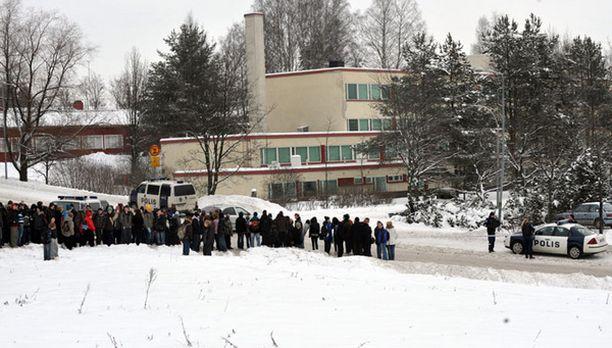 Vantaankosken koulu evakuoitiin keskiviikkoaamuna kymmenen jälkeen.