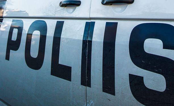 Poliisilla oli levoton yö Joensuussa. Arkistokuva.