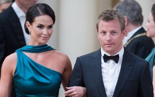 """Minttu Räikkönen avoimena perhearjesta Sveitsissä - korona siirsi hääpäiväjuhlat: """"Kimi olikin töissä"""""""