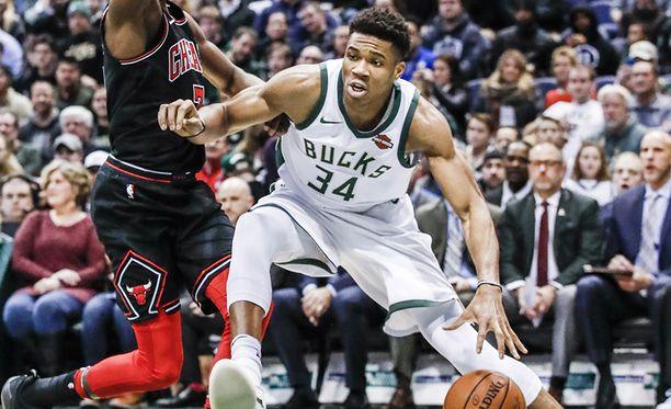 Milwaukee Bucksin Giannis Antetokounmpo pelaa loistavaa kautta NBA:ssa.