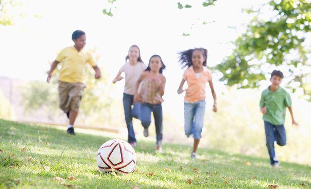 Perheen varakkuus vaikuttaa edelleen lasten elintapoihin.