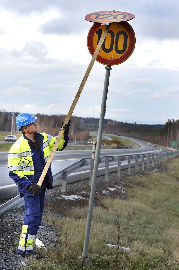 Jos keli jatkuu hyvänä, kesänopeudet voidaan ottaa käyttöön viikon-kahden sisällä koko eteläisessä Suomessa.