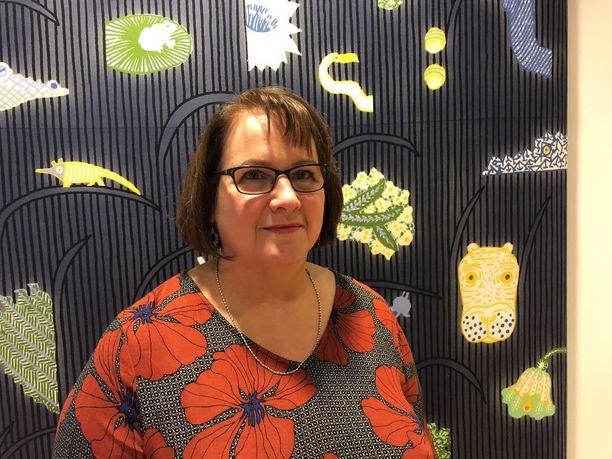Anu Huovisen mukaan hänen haastattelemansa lapset kärsivät eniten kotona kohdatusta henkisestä väkivallasta ja tulehtuneesta ilmapiiristä.