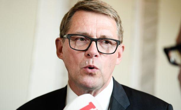 Matti Vanhanen on keskustan presidenttiehdokas. Ylen tällä viikolla julkaisemassa gallupissa Vanhasen kannatus oli 2 prosenttia.