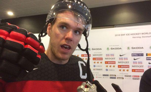 Connor McDavid sanoi kunnioittavansa Etelä-Korean jääkiekkomaajoukkueen ponnistuksia.