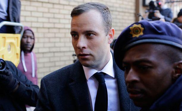 Oscar Pistorius istunee vankilassa noin kolme vuotta.