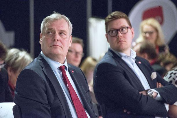 SDP:n puheenjohtaja Antti Rinne ja eduskuntaryhmän puheenjohtaja Antti Lindtman.