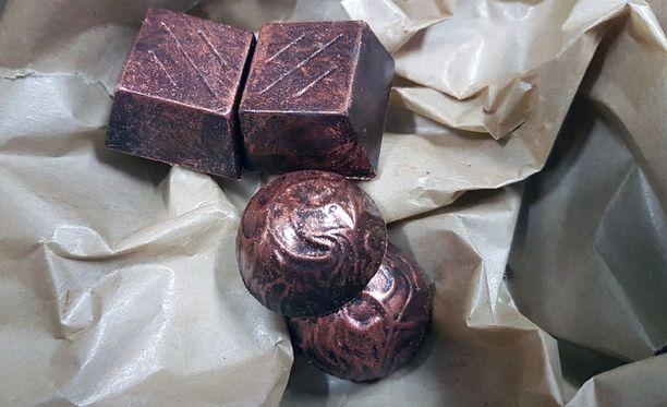 Kahvila-ravintola Wildin suklaakonvehdit ovat käsintehtyjä luksussuklaita. Yksi konvehti maksaa 4 euroa.