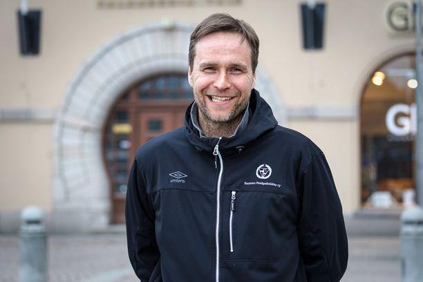 Mikko Huotari koki työn urheiluyksikön johtajana liian kuormittavana.