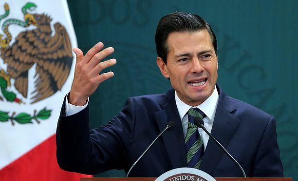 Meksikon presidentti Enrique Pena Nieto vakuutti televisiopuheessaan kansalle, että Meksiko ei muuria maksa.