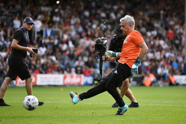 Jose Mourinho urakoi myös kenttäpelaajana.