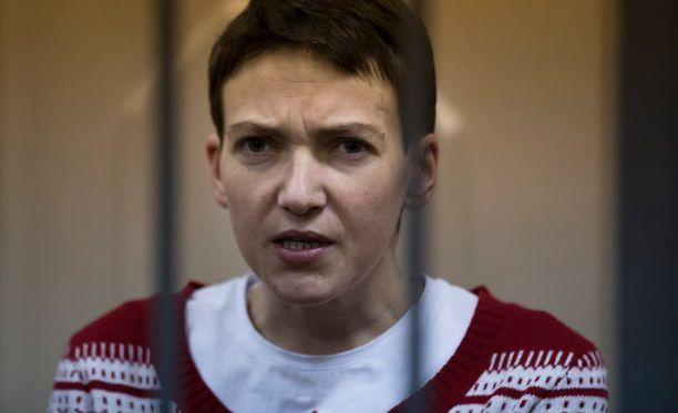 Nadja Savtshenko lopetti nälkälakkonsa.