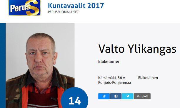 Kärsämäen seudun Perussuomalaisten puheenjohtaja Valto Ylikangas oli myös ehdolla vaaleissa.