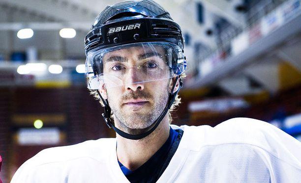 Michael Ryan pelasi tällä kaudella Ässissä vain kolme ottelua.