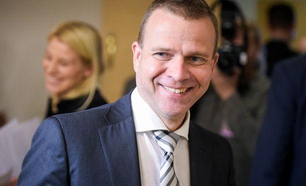 Petteri Orpo tavoittelee kokoomuksen puheenjohtajuutta.