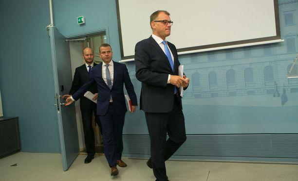 Juha Sipilä, Petteri Orpo ja Sampo Terho.
