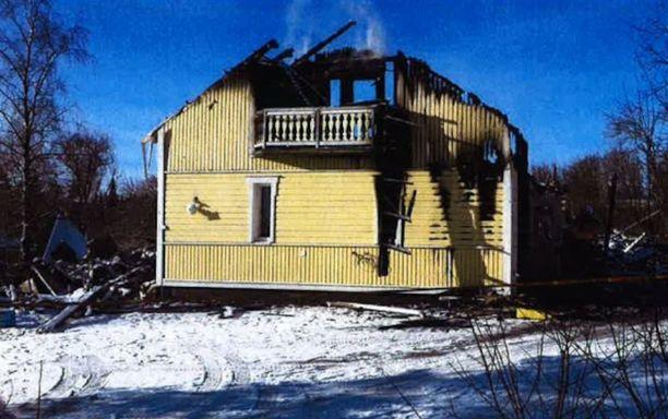Pariskunta oli rakentanut perheen kotitalon yhdessä vuonna 2000.