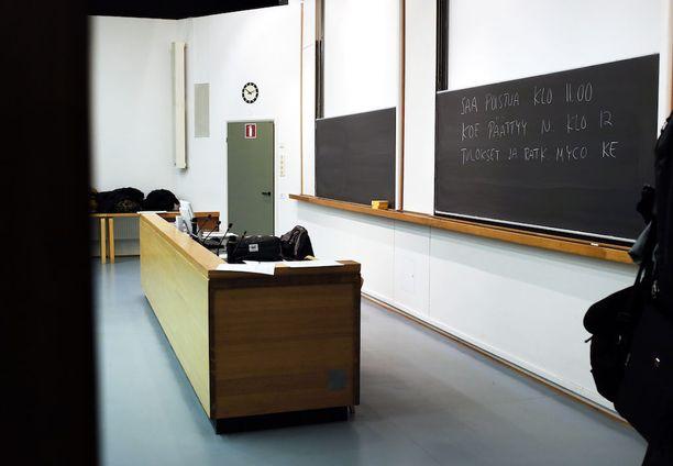 Aalto-yliopiston rehtori jätettiin tuomitsematta rangaistukseen. Kuvituskuva Aalto-yliopiston Otaniemen kampukselta.