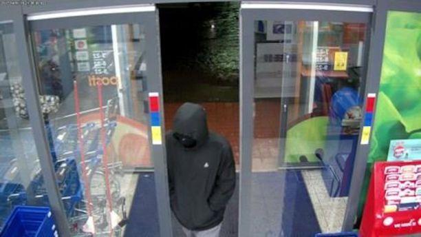 Mies ryösti K-marketin Lahdessa sunnuntai-iltana 19. helmikuuta.