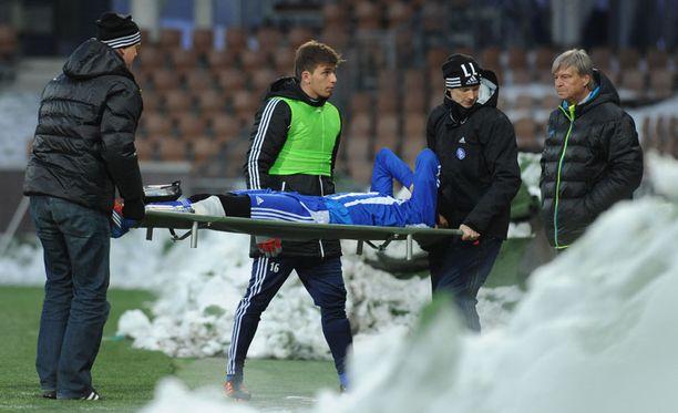 Berat Sadik loukkaantui keskiviikkona ottelussa KuPS:aa vastaan.