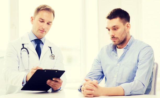 Kyselyn mukaan yksi suurin syy lääkärin välttelyyn oli pelko tiedon saamisesta, jos jotakin ikävää löytyisi.