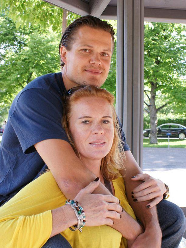 Sami ja Petra Kapanen menivät naimisiin vuonna 1995.