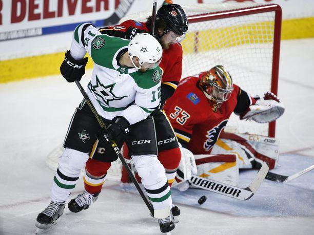 Dallasin ja Calgaryn neljännessä pudotuspeliottelussa haettiin voittajaa pitkän kaavan kautta.