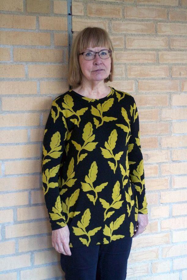 Heli Henriksson Vasara viihtyy erinomaisesta Ruotsissa, mutta arvostaa suomalaisten suoruutta.