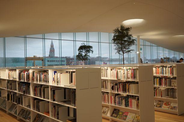 Kirjastot voivat alkaa samantien lainata ulos kirjoja. Kokonaan kirjastot voivat avata ovensa kesäkuun alussa.
