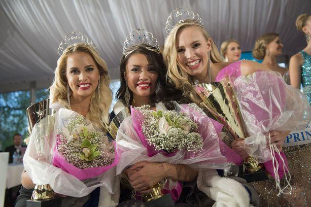 Vuoden 2016 Miss Suomeksi valittiin Shirly Karvinen (keskellä).