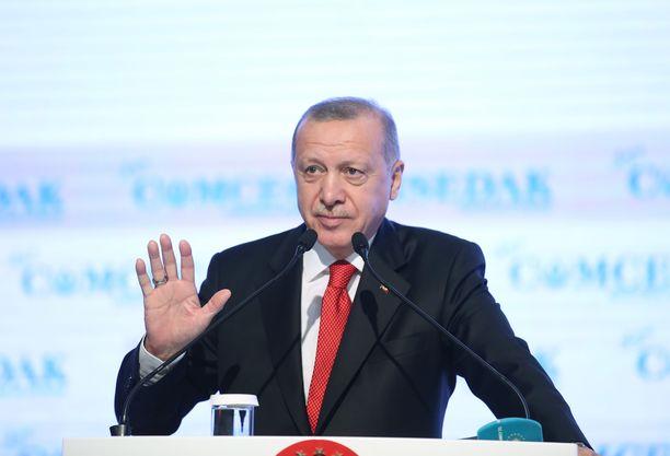 Turkin presidentti kiristää nyt Natoa.