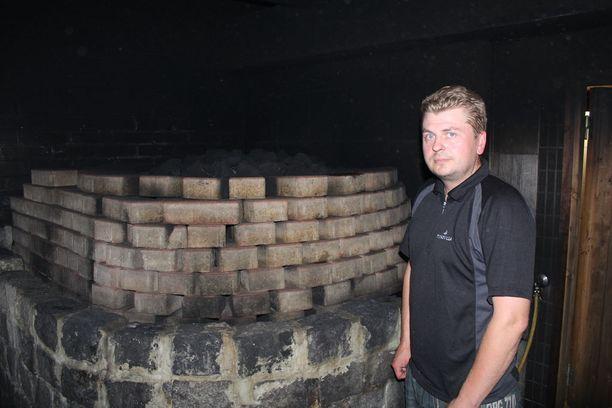 Yrittäjä Juhani Kauppisen mielestä saunapalvelujen pitää olla laadukkaita.
