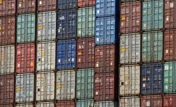 Yhdysvaltain presidentti Donald Trump ilmoitti 10. heinäkuuta, että Yhdysvallat valmistelee uusien tuontitullien asettamista Kiinalle. 10 prosentin tulli koskisi noin 200 miljardin dollarin arvoista markkinaa.