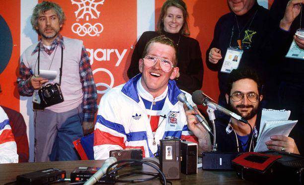 Eddie the Eagle hurmasi Calgaryn olympialaisissa.