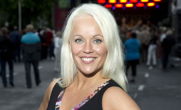Heidi Pakarinen osoitti tempullaan, ettei hän pelkää korkeita paikkoja.