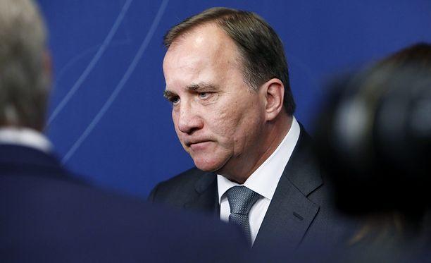 Ruotsin pääministeri Stefan Löfven piti tiedotustilaisuuden tietovuotoskandaalista maanantaina.