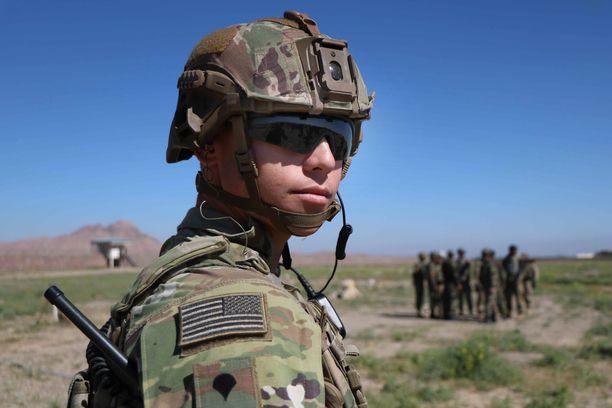 Trumpin hallinto pyrkii saamaan sotilaat pois Afganistanista ja Irakista.